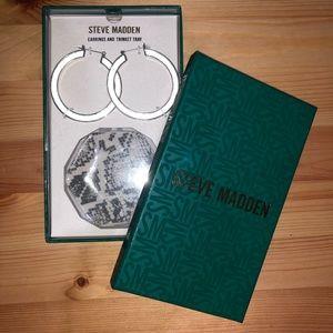 Steve Madden Earrings & Trinket Tray